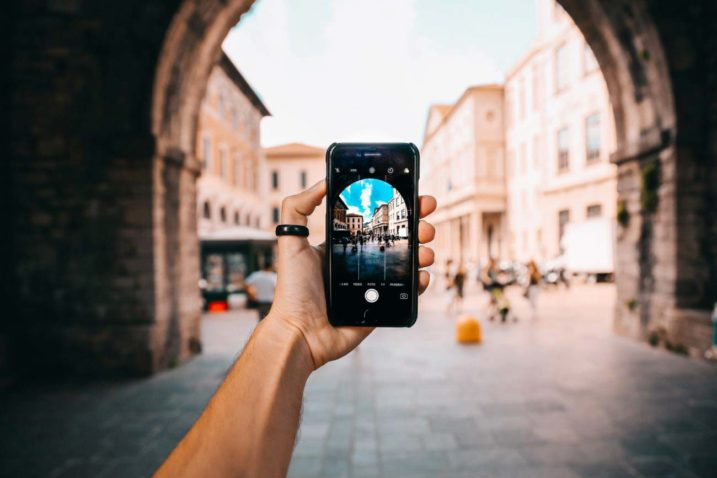 Use a digital marketing strategy to target young travellers